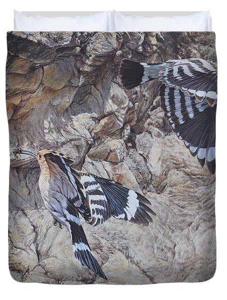 Hoopoes Feeding Duvet Cover