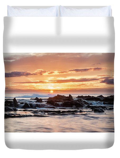 Duvet Cover featuring the photograph Horizon In Paradise by Heather Applegate