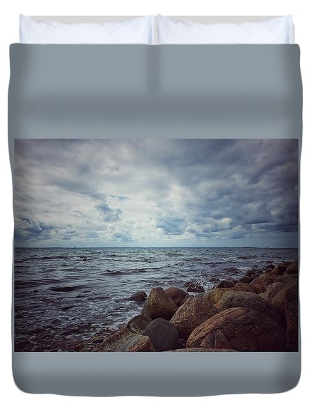 Duvet Cover featuring the photograph Horizon by Karen Stahlros