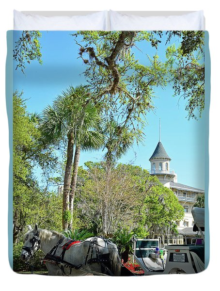 Horse And Carriage At Jekyll Island Club Hotel Duvet Cover by Bruce Gourley