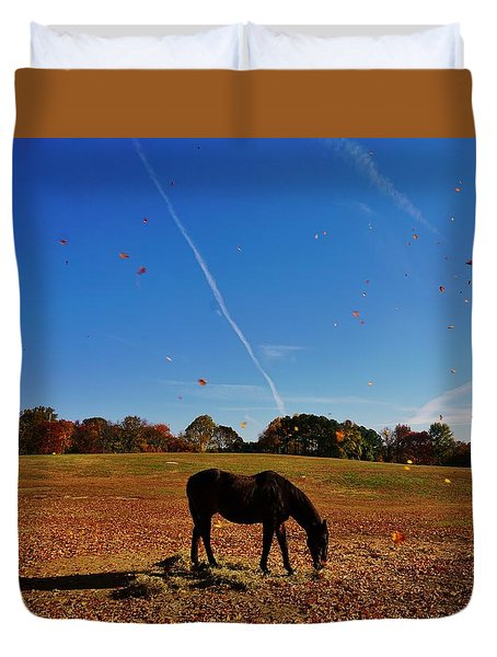 Horse Farm In The Fall Duvet Cover by Ed Sweeney