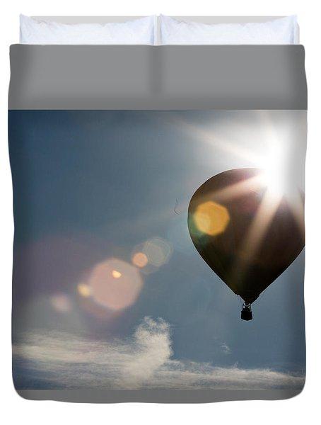 Hot Air Balloon Sillohutte At Sunrise Duvet Cover