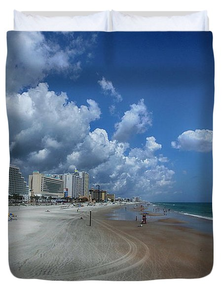 Hot Times In The Summertime Duvet Cover by Judy Hall-Folde