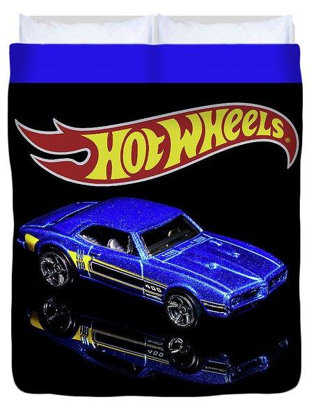 Hot Wheels '67 Pontiac Firebird 400-2 Duvet Cover