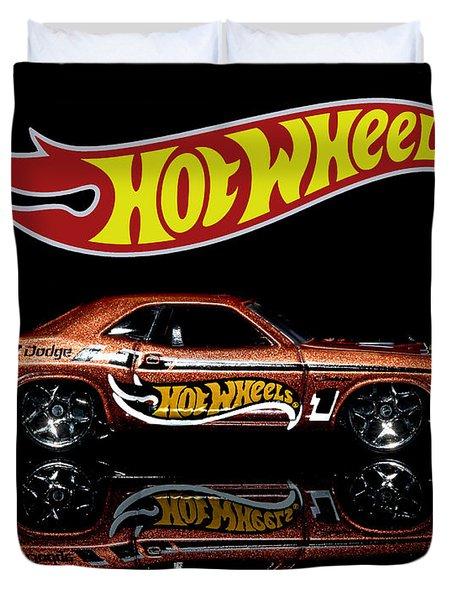 Hot Wheels '70 Dodge Challenger Duvet Cover