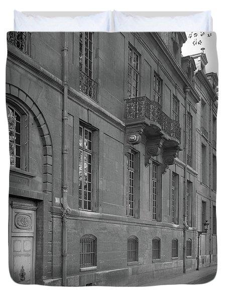 Hotel Lauzun, Facade, 1929 Duvet Cover