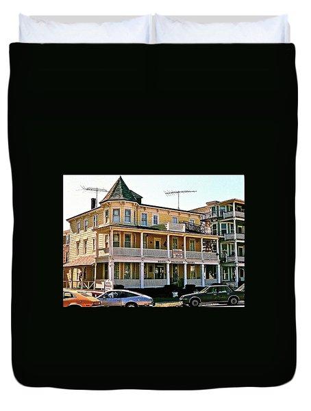 Hotel Polonaise Duvet Cover
