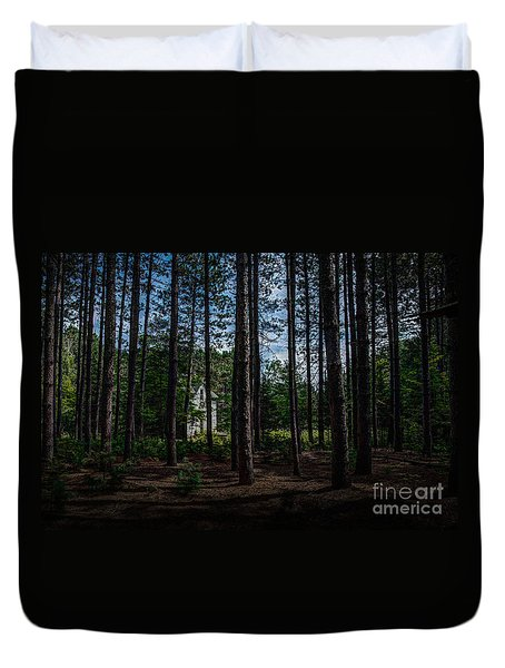House In The Pines Duvet Cover