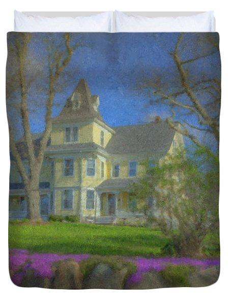 House On Elm St., Easton, Ma Duvet Cover