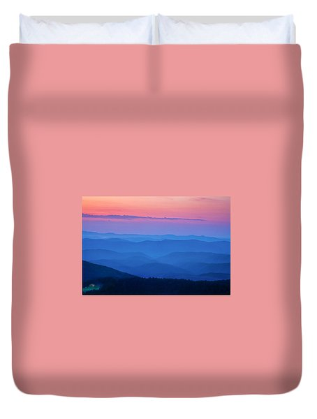 Duvet Cover featuring the photograph House With A View by Andrew Soundarajan