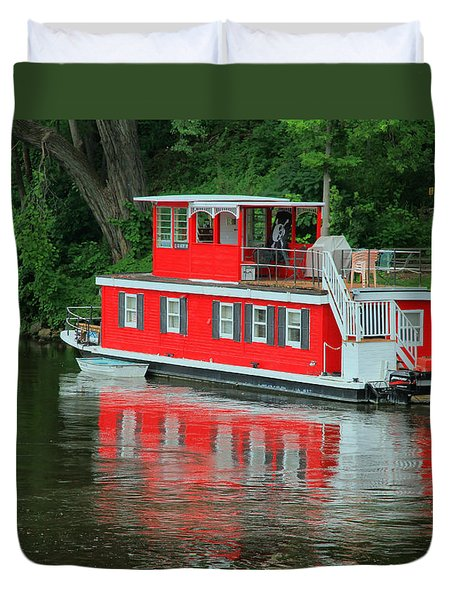 Houseboat On The Mississippi River Duvet Cover