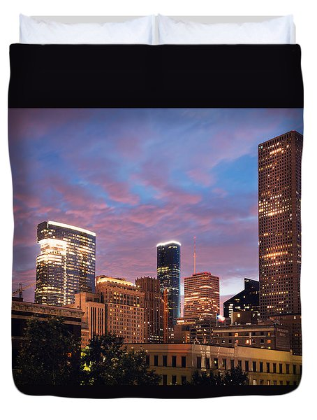 Duvet Cover featuring the photograph Houston At Night by Ray Devlin