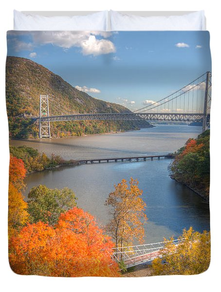 Hudson River And Bridges Duvet Cover by Clarence Holmes