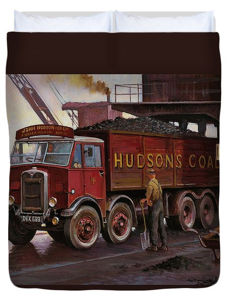 Hudsons Coal. Duvet Cover by Mike  Jeffries