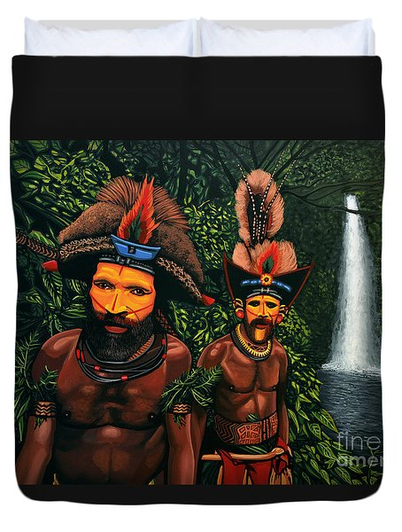 Huli Men In The Jungle Of Papua New Guinea Duvet Cover by Paul Meijering