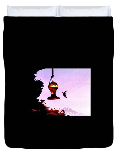Humming Bird And Mt Rainier Washington Duvet Cover by Sadie Reneau