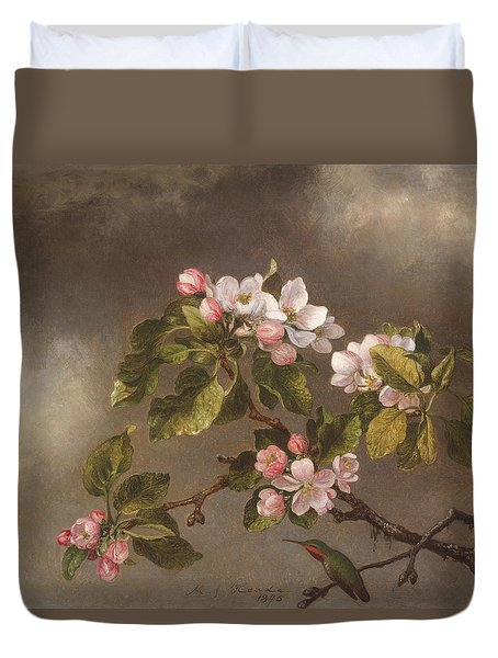 Hummingbird And Apple Blossoms Duvet Cover