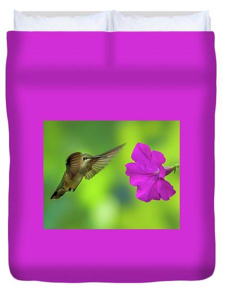 Hummingbird And Flower Duvet Cover