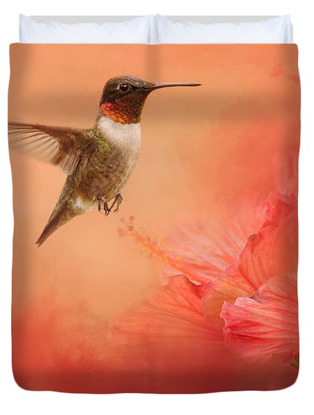 Hummingbird And Peach Hibiscus Duvet Cover