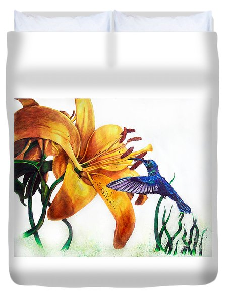 Hummingbird And Yellow Flower Duvet Cover