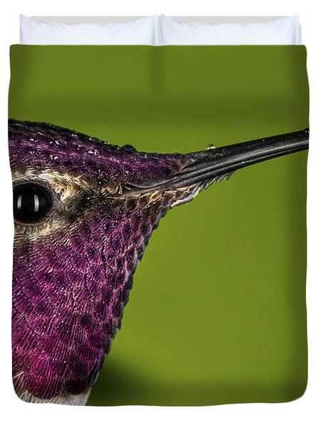 Hummingbird Head Shot With Raindrops Duvet Cover