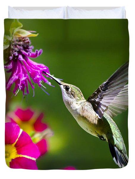 Hummingbird With Flower Duvet Cover