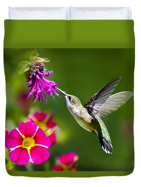 Hummingbird With Flower Duvet Cover