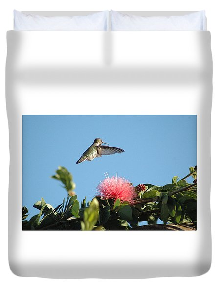 Hummingbird With Pink Flower Duvet Cover
