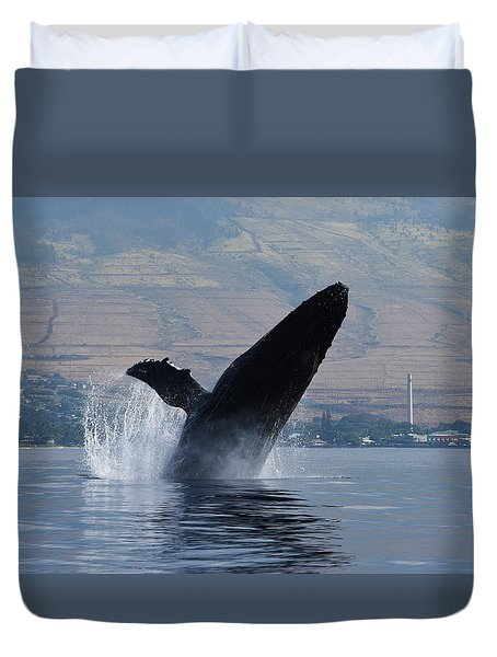 Humpback Whale Breach Duvet Cover