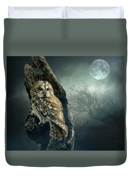 Hunter's Moon Duvet Cover