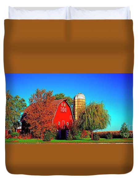 Huntley Road Barn Early Morning Duvet Cover