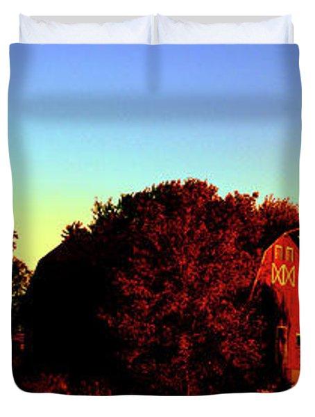 Huntley Road Barn Sunrise  Duvet Cover