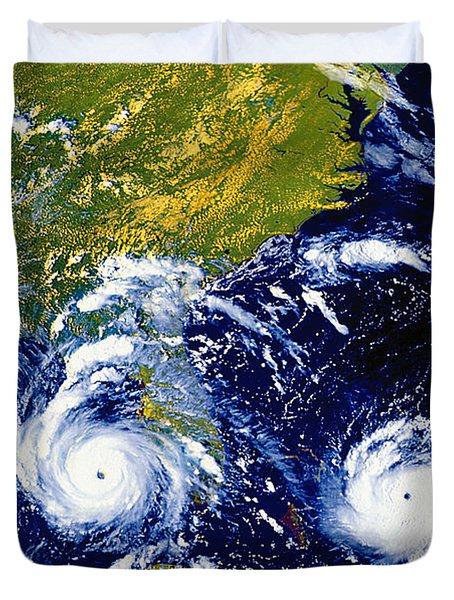 Hurricane Andrew Time Lapse Duvet Cover