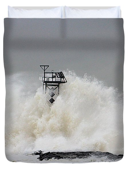 Hurricane Jose Wave At The Inlet Jetty Duvet Cover