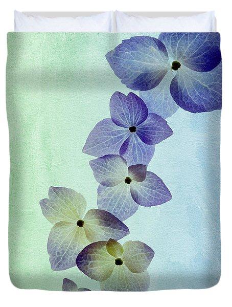 Hydrengae Petals Duvet Cover