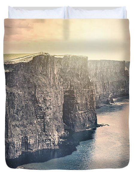 Hymn Of The Cliffs Duvet Cover