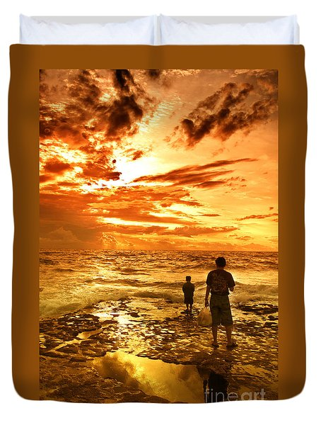 I Am Not Alone Duvet Cover by Charuhas Images