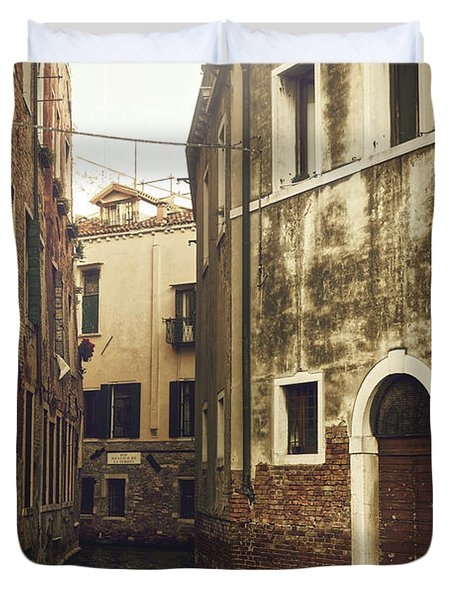 Two Empty Gondolas Surrounded By Vintage Buildings In Venice, Italy Duvet Cover