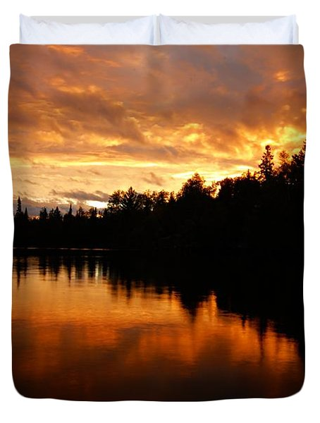 I Have Seen Stormy Days That I Thought Would Never End Duvet Cover by Larry Ricker