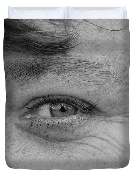 Duvet Cover featuring the photograph I See You by Rob Hans