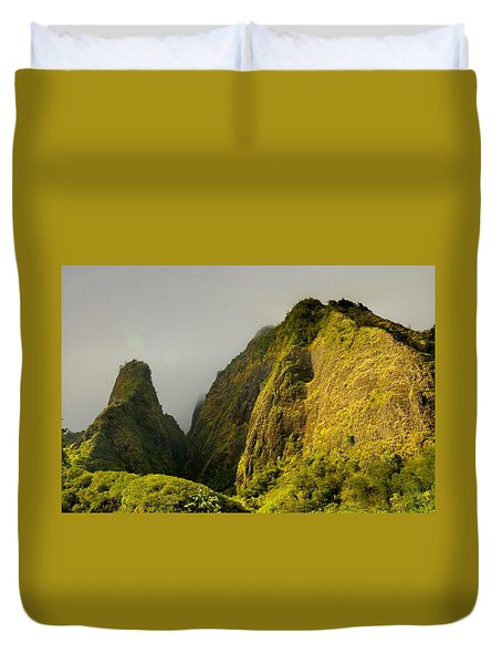 Iao Needle And Mountain Duvet Cover
