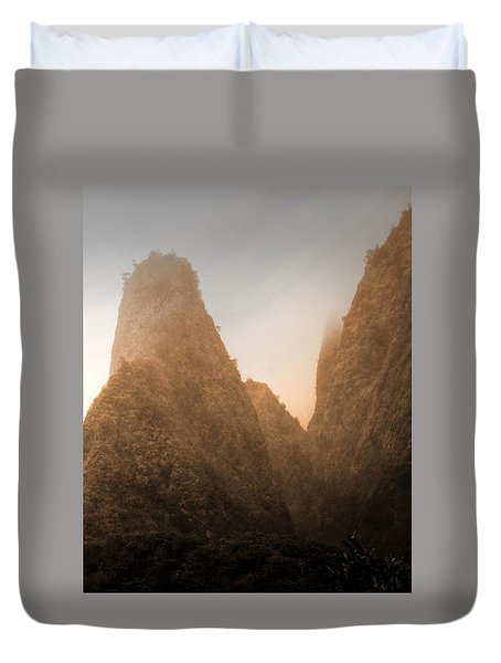 Iao Needle In Sepia Duvet Cover