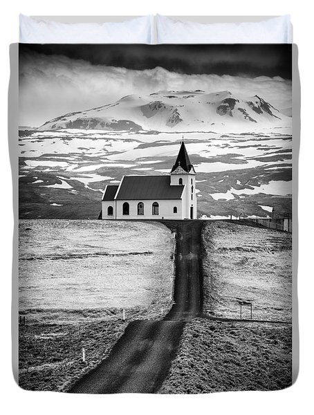 Iceland Ingjaldsholl Church And Mountains Black And White Duvet Cover