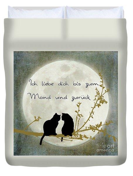 Duvet Cover featuring the digital art Ich Liebe Dich Bis Zum Mond Und Zuruck  by Linda Lees