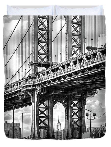 Iconic Manhattan Bw Duvet Cover