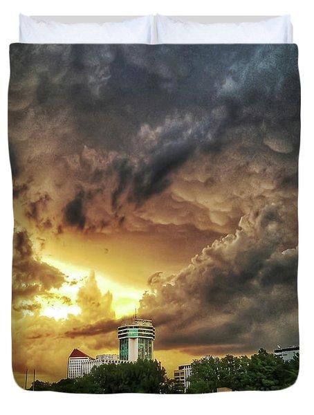 Ict Storm - From Smrt-phn L Duvet Cover