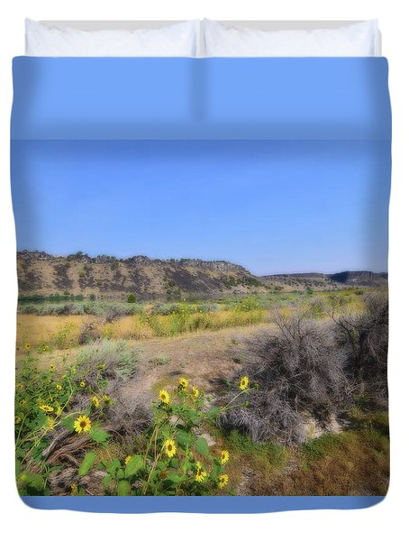 Duvet Cover featuring the photograph Idaho Landscape by Bonnie Bruno