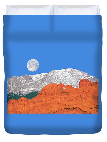 If You're Lucky Enough To Live In The Mountains, You're Lucky Enough.  Duvet Cover by Bijan Pirnia