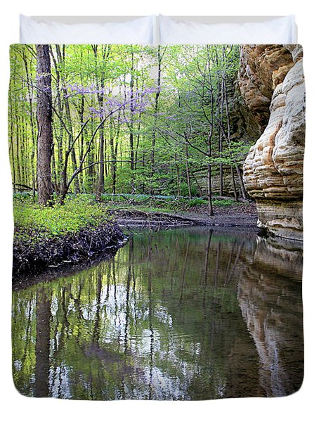 Illinois Canyon In Spring Starved Rock State Park Duvet Cover
