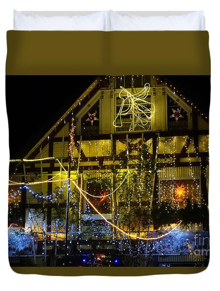 Illuminated Christmas-house Duvet Cover